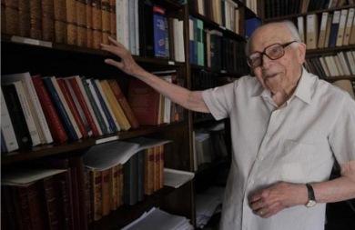 Το Ινστιτούτο Νεοελληνικών Σπουδών ο κύριος κληρονόμος του Εμμ. Κριαρά