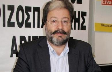Ο Μιχάλης Κριτσωτάκης αποχαιρετά τον Σήφη Κοσόγλου