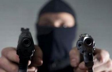 Κινηματογραφική ληστεία σε σπίτι επιχειρηματία στη Λαμία