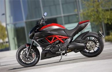 Η Mercedes θα κατασκευάζει και μοτοσικλέτες