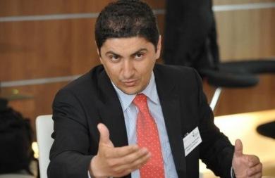 Αυγενάκης: Ποιά είναι η θέση του ΣΥΡΙΖΑ για τα πνευματικά δικαιώματα;