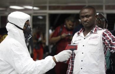 Εθελόντρια για το εμβόλιο του Έμπολα δηλώνει η Μαρί-Πολ Κινί