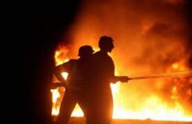 Εφιαλτικές ώρες για μάνα και κόρη στον Αποκόρωνα όταν το σπίτι τους έπιασε φωτιά