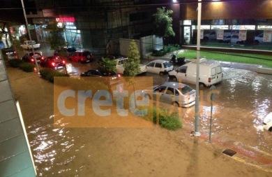 Μετά την πλημμύρα ήρθε η καταγραφή, την ώρα που οι καταστηματάρχες τρέμουν την επόμενη νεροποντή! (pics)