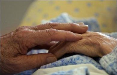 Ηλικιωμένη βρέθηκε νεκρή και παγωμένη στο σπίτι της