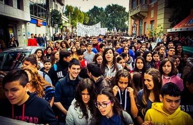 Λαοθάλασσα διαμαρτυρίας στο Ηράκλειο! Κινητοποιήσεις από φορείς και εκατοντάδες παιδιά (φωτορεπορτάζ)