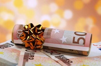 Οι δικαιούχοι και οι ημερομηνίες για το δώρο Χριστουγέννων