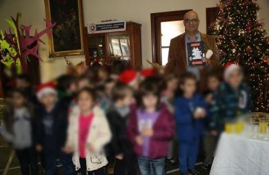 Οι μικροί μαθητές τα... έψαλαν στον δήμαρχο Χανίων!