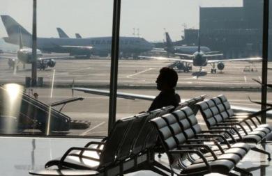Ανοχή... τέλος από τους απλήρωτους εργαζόμενους των αεροδρομίων της Κρήτης - Απειλούν με απεργίες μέσα στις γιορτές!