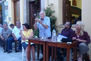 Στον Κρουσώνα βρέθηκαν ο Μανώλης Γλέζος και η Ρένα Δούρου