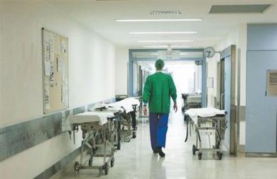 Κραυγή αγωνίας από γιατρούς και νοσηλευτές για την οριακή κατάσταση στα νοσοκομεία
